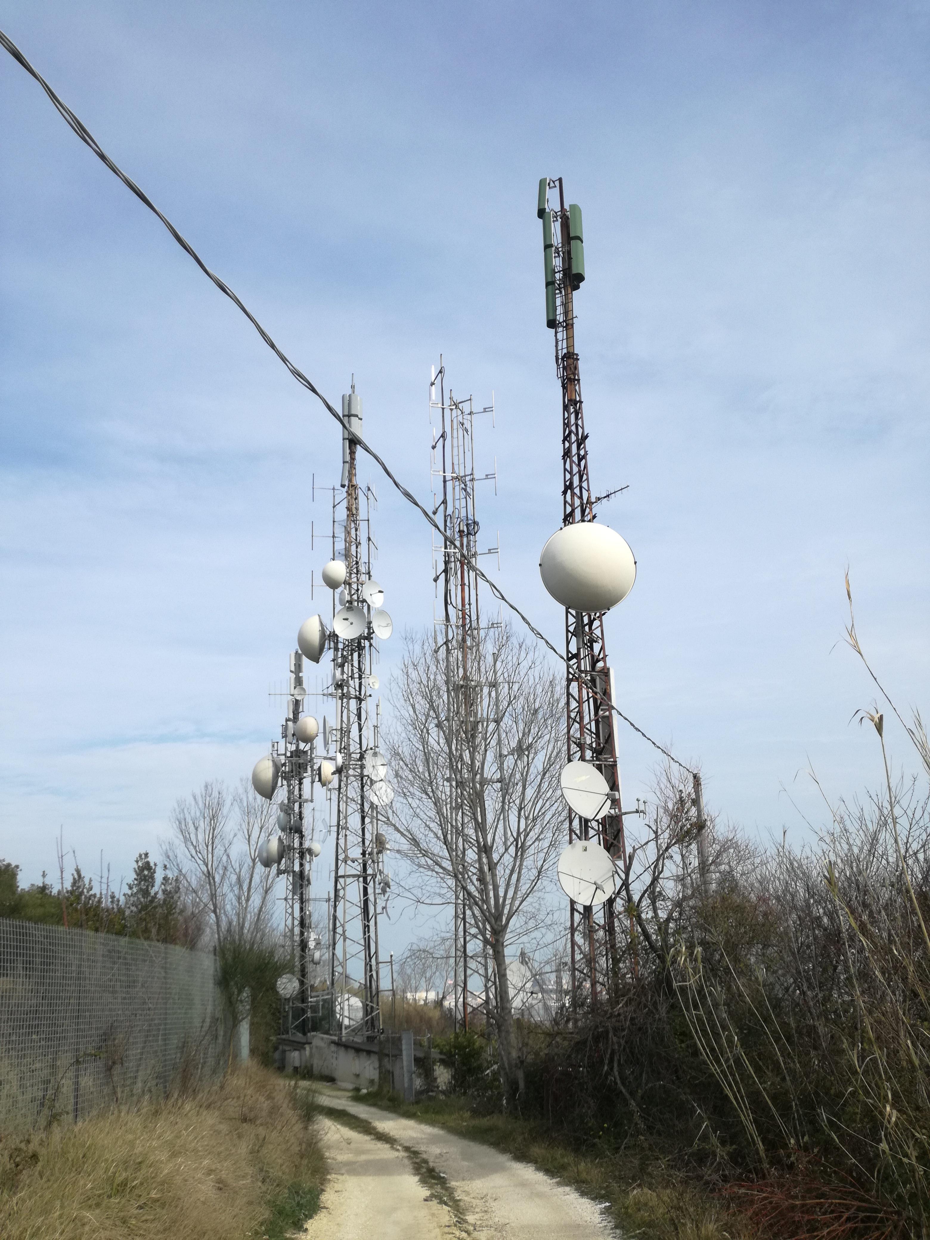 Italie - Antennes relais FM / TV (Ancône)